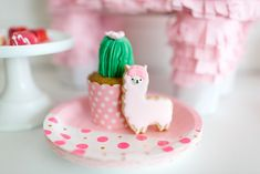 The cutest llama cookies ever.