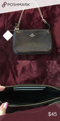 🖤Mini Coach Purse 🖤 New with tags! Never used black mini Coach bag with gold hardware. Coach Bags Clutches & Wristlets