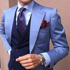 Morning accessories by @otaa.australia Check Today on www.otaa.com Follow @otaa.australia #otaa Designer Suits Online, Designer Suits For Men, Sharp Dressed Man, Well Dressed Men, Mens Fashion Suits, Mens Suits, Men's Fashion, Chaleco Casual, Style Gentleman