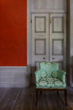 This our wonderful Spencer Chair covered in a Gainsborough Fabric shown in the Soane. Contact us today if you would like to enquire about having a handmade Spencer Chair made. Hotel Lounge, Bespoke Furniture, Occasional Chairs, Desk Chair, Upholstered Chairs, Wonderful Images, Damask, Armchair, Upholstery
