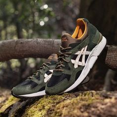 The Asics Gel-Lyte V 'Winter Trail' provides the support you'll need to face the urban outdoors. Available at Sneakersnstuff.com now! #sneakersnstuff #asics #wintertrail