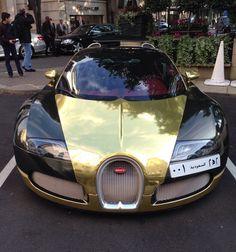 Visit The MACHINE Shop Café... ❤ Best of Bugatti @ MACHINE ❤ (Black & Gold Bugatti ƎB Veyron Grand Sport from Saudi Arabia)