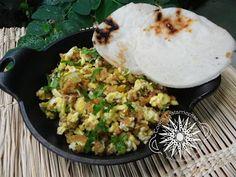 Cocina Costarricense: tigrillo, picadillo de plátano verde
