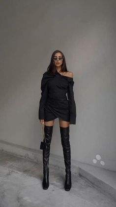 Cute Casual Outfits, Simple Outfits, Stylish Outfits, Look Fashion, Teen Fashion, Fashion Outfits, Fashion Black, Dress Fashion, Luxury Lifestyle Fashion