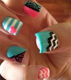 Not understanding why her nails are so wide but LOVE the design!