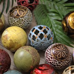 Orbs can be some of the most exquisite and colorful items in your home! They are available in all colors and designs, with everything from bohemian to rustic styles. Fill a bowl or vase with these home accents and create a centerpiece or mantel decoration!