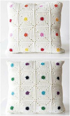 """Hot spot pillow """"New pattern: Hot spot pillow! (Haak Maar Raak) New pattern: Hot spot pillow!"""", """"Hot Spot Pillow By Kirsten - Purchased Crochet Pattern Crochet Squares, Crochet Granny, Crochet Motif, Crochet Designs, Crochet Patterns, Crochet Afghans, Granny Squares, Knitting Patterns, Knitting Ideas"""
