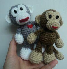Little Bigfoot Monkey - amigurumi free crochet pattern