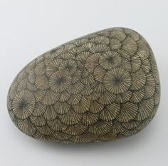 Drawings on Stone: Yoran Morvant
