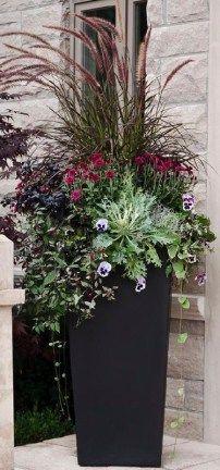 Stunning Summer Planter Ideas (44)