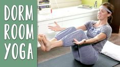Join Adriene for a Dorm Room Yoga sequence! This practice is perfect for those seeking a workout or yoga practice at home. This is more than just a workout video but a video to inspire Fitness Video, Yoga Fitness, Yoga Videos, Workout Videos, Hotel Room Workout, 30 Minute Yoga, Yoga With Adriene, Youtube Workout, Medical