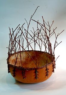 brown - A gourd lined with mulberry paper and accented with blueberry twigs - amused creations Ceramic Clay, Ceramic Pottery, Contemporary Baskets, Deco Champetre, Painted Gourds, Paperclay, Gourd Art, Clay Art, Basket Weaving