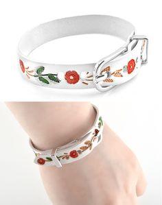 [바보사랑] 가죽위에 예쁜 플라워프린트가 예쁜 팔찌 /가죽팔찌/주얼리/패션/핸드메이드 팔찌/프린트/꽃무늬/악세서리/Leather bracelet/Jewelry/Accessorie/Fashion/Handmade/Print/Floral