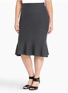 """Size 3 This charcoal grey knit pencil skirt manages to stay comfy with an ever-so-slightly-stretchy fabric, yet it gets tongues wagging at the office with a hold-you-in-lift-you-up waistband. Trumpet detailing along the hem flirts it up with the IT guy without you lifting a finger.<div><ul><li style=""""LIST-STYLE-POSITION: outside !important; LIST-STYLE-TYPE: disc !important"""">Size 1 measures 27 1/2"""" from center front</li><li style=""""LIST-STYLE-POSITION: outside !important; LIST-"""
