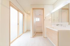 Untitled | 富山・石川・福井・新潟のオスカーホーム My Home Design, Small House Design, Small Laundry Rooms, Bathtub, Interior, Bathrooms, Houses, Home Decor, Cleaning