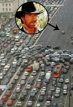 When Chuck Norris rides on the freeway, people cause 100 car pileups to give him the right of way. Chuck Norris Memes, Funny Video Memes, Crazy Funny Memes, Really Funny Memes, Funny Jokes, Fresh Memes, Funny Clips, Haha, Funny Pictures