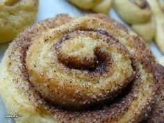 Pastry Cake, Onion Rings, Doughnut, Cookies, Ethnic Recipes, Pastries, Foods, Crack Crackers, Food Food