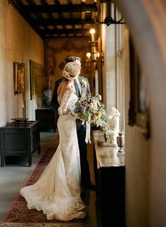 Best Classic Autumn Wedding Inspiration . photographer: Aly Carroll Photography / venue: The Salisbury House / reception stylist: FERN / floral designer: Shelly Sarver Designs / dress boutique: Ready or Knot / dress designer: Pronovias / cake designer: Sweet to Eat Cake Shop and Bakery / film lab: Richard Photo Lab http://whitewren.com/romantic-classic-fall-wedding/