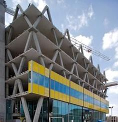 concrete frame, the yellow building, ahmm