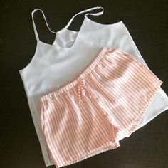 Вискозная пижамка для @nastyagrinchuk ❤️#swetryk_home #swetryk_ua #пижама #ua #handmade #handmadeclothes #ukraine #kiev #kyiv #shopping… Pyjama Sexy, Sexy Pajamas, Cute Pajamas, Pajamas Women, Pajama Outfits, Lazy Outfits, Summer Outfits, Fashion Outfits, Cute Lingerie