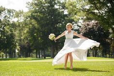 Beautiful flowy poofy wedding dress with convertible skirt for dancing and spinning!  Perfect for the beach, country, fairy tale, fall, spring, vintage style or summer wedding.