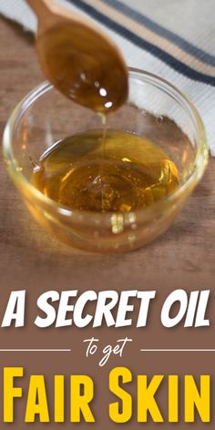A Secret Oil To Get Fair Skin In 10 Days skinlightening skinwhiteningdiy fairskin skinwhiteningtips skinwhitening oil clearskin 579627414525076617 Beauty Routine Tips, Beauty Tips, Beauty Care, Dark Skin Around Mouth, Vinegar For Acne, Castor Oil For Skin, Face Skin Care, Fair Skin, Skin Treatments