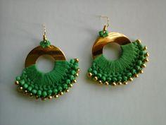 Crochet Earrings Pattern, Crochet Jewelry Patterns, Macrame Patterns, Bead Crochet, Crochet Accessories, Thread Jewellery, Beaded Earrings, Crochet Projects, Jewelery