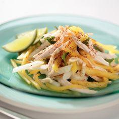 Ensalada de Jícama, Mango y Piña – Esta colorida y sabrosa ensalada es rica en vitamina C y ¡solo tiene 110 calorías!