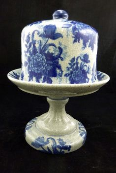 """Bombay Co Ceramic Flow Blue and White Footed Cheese Dish 11"""" 