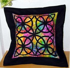 Stained Glass -von Roswitha - www. Quilt Patterns, Stained Glass, Joy, Throw Pillows, Quilts, Sewing, Scrappy Quilts, Rain Bow, Appliques