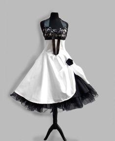 Brautkleid im Stil der 50er  von Rockabillymode Kleider Brautkleider Petticoatkleider auf DaWanda.com