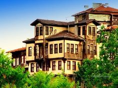 Houses of Beypazarı Turkish Architecture, Futuristic Architecture, Ankara, Cabin Style Homes, Traditional House, House Colors, Old Houses, Perfect Place, Istanbul