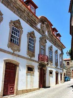 Casa da Calçada, Provesende. Douro, Rock Lee, Sims House, Palace, Windows, Mansions, House Styles, City, Old Farmhouses