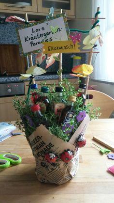Kräutergarten – Christin Göpel - All For Garden Diy Wedding, Wedding Gifts, Valentines Day Food, Garden Types, Best Friend Gifts, Herb Garden, Pin Collection, Gift Baskets, Birthday Gifts