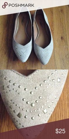 Pointed grey flats Studded*nice condition Lucky Brand Shoes Flats & Loafers