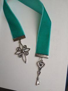 Cross and key charm