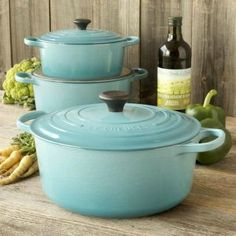 Le-Creuset Caribbean Round French Ovens
