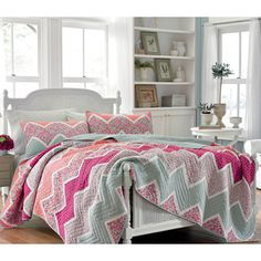Laura Ashley 'Ainsley' Cotton Quilt and Optional Sham Separates - Overstock™ Shopping - The Best Prices on Laura Ashley Kids' Quilts