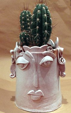 Ceramic vase face, white Clay Sculpture, cute.