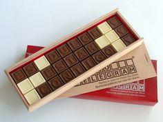 Palabras de Amor en cuadritos de chocolate. ¡Crear su dulce mensaje! :) http://www.mysweets4u.com/es/?o=2,5,29,28,0,0