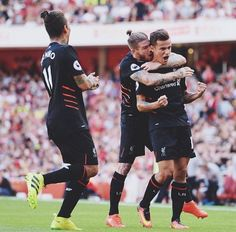 Arsenal 3 LFC 4 - Coutinho fires in a 30 yard free kick