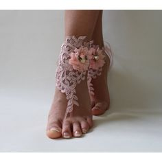 FREE SHİP Blush Pink Beaded Beach Wedding Barefoot Sandals Wedding... ($23) via Polyvore featuring shoes, sandals, prom sandals, beaded anklets, pink shoes, bridal shoes ve beach shoes