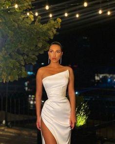 Cute Prom Dresses, Glam Dresses, Elegant Dresses, Pretty Dresses, Dance Dresses, Beautiful Dresses, Fashion Dresses, Elegant Formal Dresses, Elegant White Dress