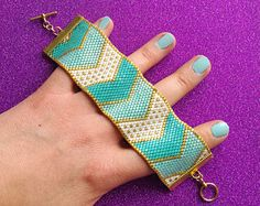 Pretty Chevrons - Turquoise, White & Gold Peyote Stitch Bracelet - Odd Count Peyote Beading Pattern