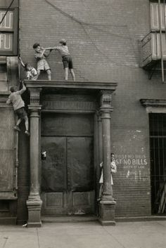 children playing 1940; mothers everywhere would have a heart attack lol