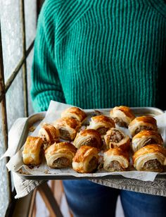 This smoked ham & Gruyère sausage rolls recipe are just the thing to have in the freezer for when friends drop by over the festive season. Xmas Food, Christmas Cooking, Christmas Entertaining, Meat Recipes, Cooking Recipes, Sausage Recipes, Recipies, Healthy Recipes, Savoury Biscuits
