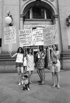 Ken Regan: Women's Liberation March, New York, August 26, 1970  via