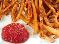 French Fries are often one of the hardest foods that make low carb hard. Everyone loves a good crunchy, salty, comforting french fry! It's the high carbs and discomfort and guilt that make me steer away from regular potato french fries. These alternatives make life a little easier when you can enjoy a mock french [...]