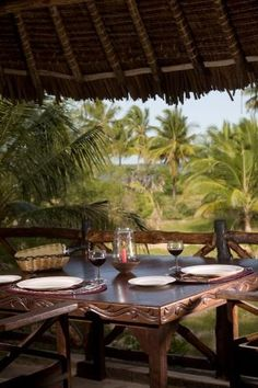 African Lodge Dining