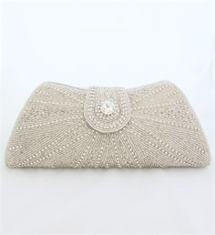 Boutique Accessories by Harriet. Xquisite beaded clutch bag S-024